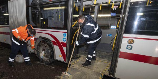 1600 otobüs, 182 metro ve 38 tramvay her gün temizleniyor
