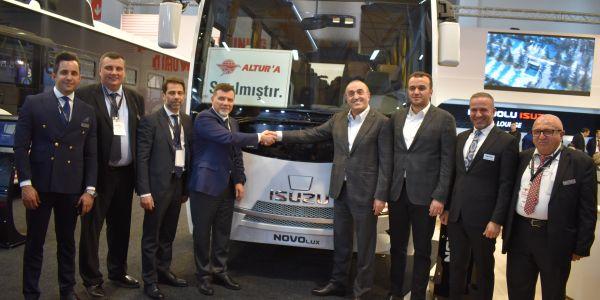 Altur ve Anadolu Isuzu'dan 200 otobüslük anlaşma