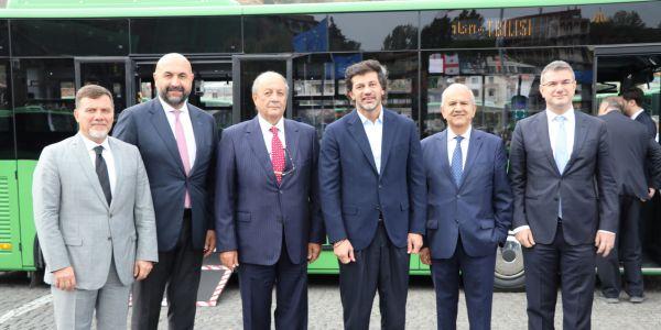 Anadolu Isuzu 200 midibüs ihracatına başladı