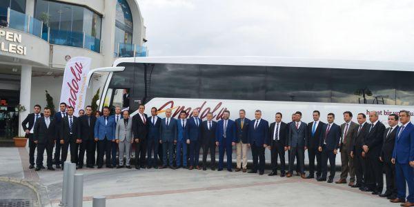 Anadolu Ulaşım ve TEMSA İzmir'de buluştu