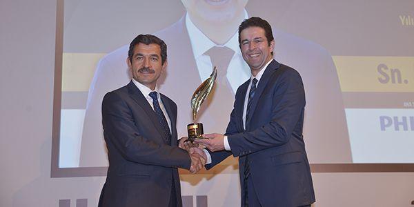 """Antalya """"Yerel Yönetim Ödülü""""nü Otokar'dan aldı"""