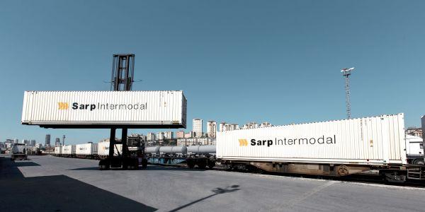 Bayramda ticaret denizyolu ve demiryoluna kayacak