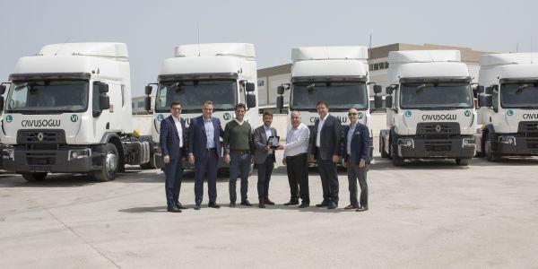 Çavuşoğlu  Nakliyat 10 adet Renault Trucks aldı