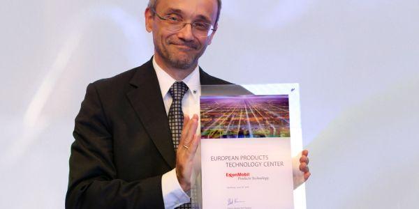 ExxonMobil Avrupa Ürün Teknolojileri Merkezi'ni Hamburg'da açtı