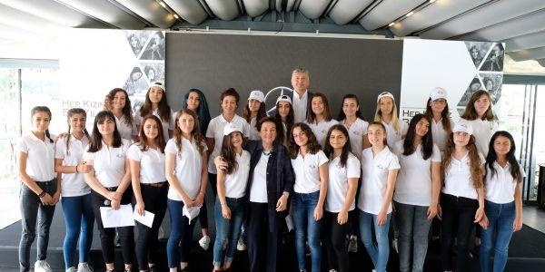 Geleceğin yıldız gençlerine Mercedes desteği