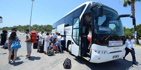 Havaalanına 2 milyon yolcu taşıdı