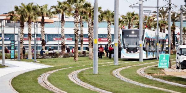 """İzmir Tramvayı """"35 milyon"""" dedi"""