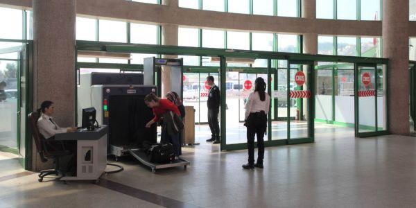 Kocaeli otobüs terminaline suç aletiyle girilmez!