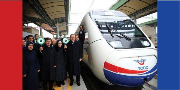 Konya-İstanbul YHT hattında seferler başladı
