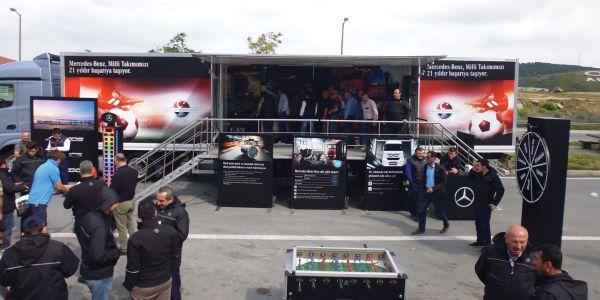 """""""Kuru Pilav Günü""""nde 450 Kamyon Şoförünü ağırladı"""