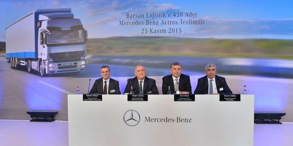 Mercedes-Benz Türk 450 kamyon teslimatıyla yeni bir rekora imza attı