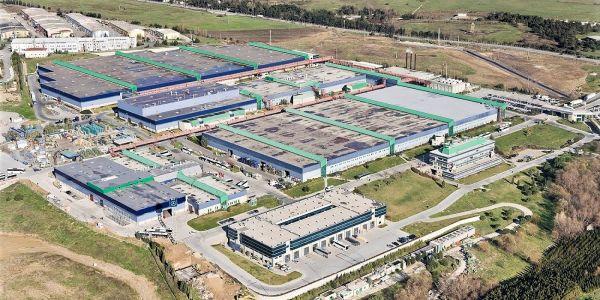 Mercedes-Benz Türk üretime başlıyor