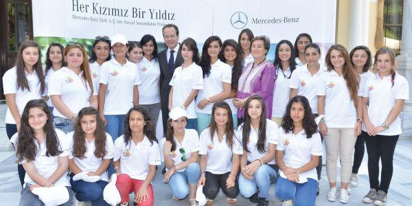 Mercedes-Benz Türk, Yıldız Kızları ile buluştu
