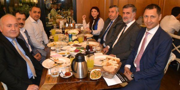 Mercedes-Benz Türk'ten halk otobüsçüsüne iftar