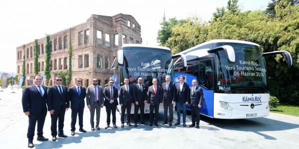 Mercedes-Benz Türk'ten Kamil Koç'a yılın teslimatı