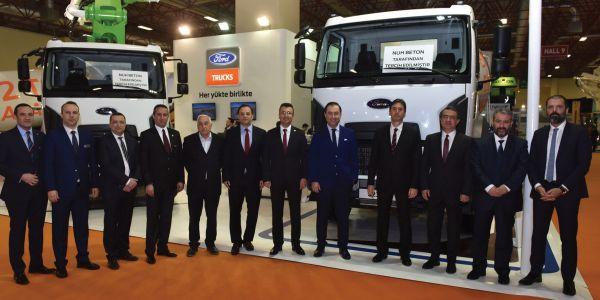 Nuh Beton, 35 Ford Trucks inşaat aracı aldı
