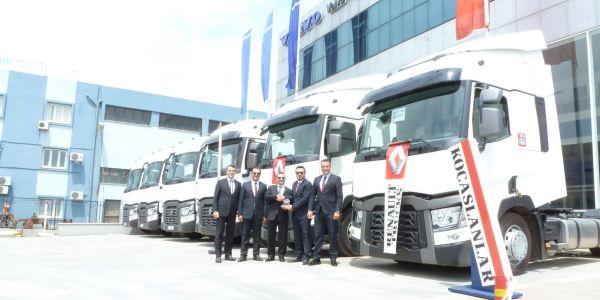 Öney Taşımacılık 10 Renault Trucks T 460 Euro 5 çekici aldı