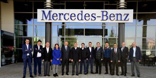 OSD Lojistik Komitesi Mercedes-Benz Türk Kamyon Fabrikası'nda