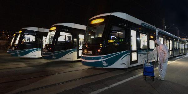 Otobüs ve tramvaylar bayrama hazır