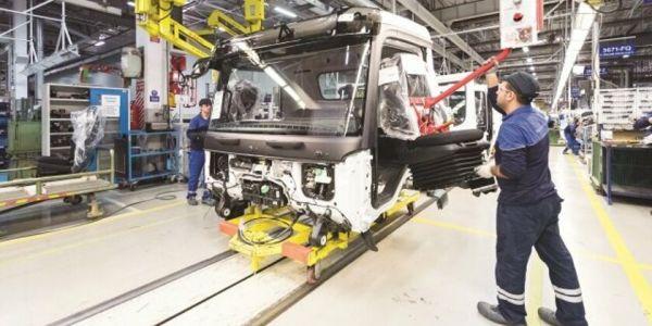 Otomotiv de yüzde 10'dan fazla daralma bekleniyor