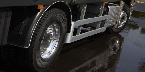 Pirelli yeni kamyon ve otobüs lastiği