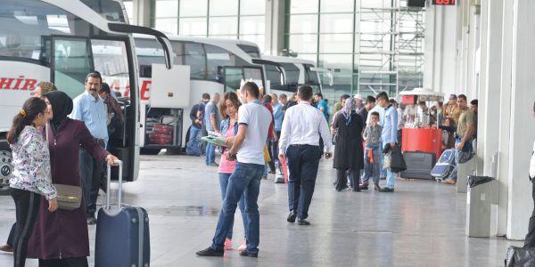 Şehirlerarası otobüs 8 milyon yolcu bekliyor