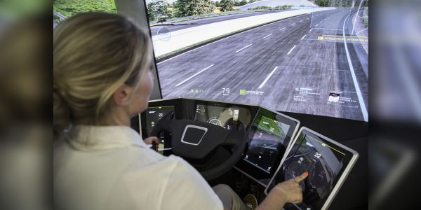 Süper kamyon, yolları bilgi otobanına dönüştürecek