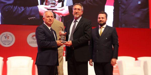 TEMSA, Genç Türkiye Zirvesi'nden ödülle döndü