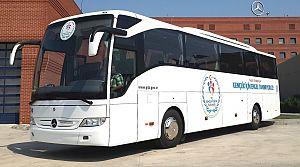 Mercedes'ten 30 özel engelli sporcu otobüsü