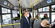 Başkan otobüse bindi, yolculara çağrıda