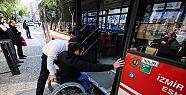 İzmir'de engellilerin otobüs seyahati