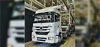 Mercedes-Benz Türk, 200.000'inci kamyonunu...