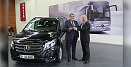 Mercedes-Benz Türk'ten TOFED'e araç