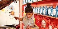 Shell Türkiye'nin ilk kadın motor yağı