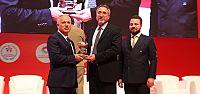 TEMSA, Genç Türkiye Zirvesi'nden ödülle...