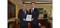 Ulaştırma Bakanı Elvan, UTİKAD'a teşekkür...