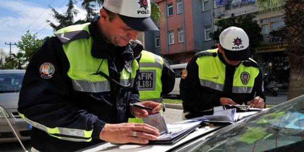 Yeni yılda trafik cezaları zamlanıyor