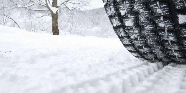 Zorunlu kış lastiği 1 Aralık'ta başlıyor